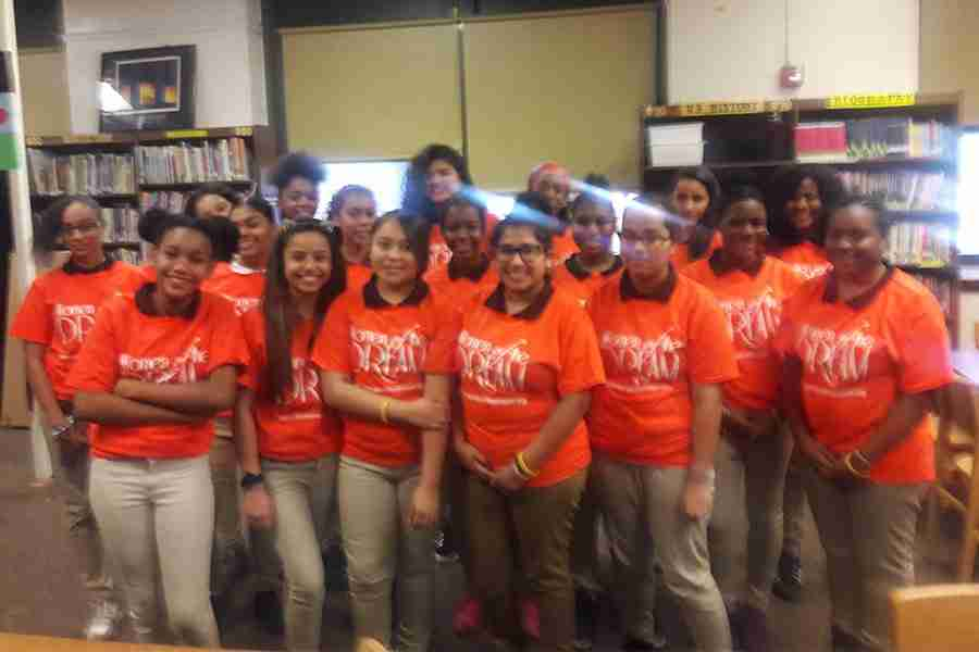 7th-&-8th-Grade-Mentees-Veterans-Memorial-Family-School